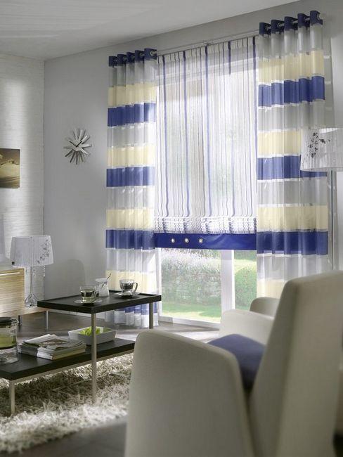 Римские шторы в комнате