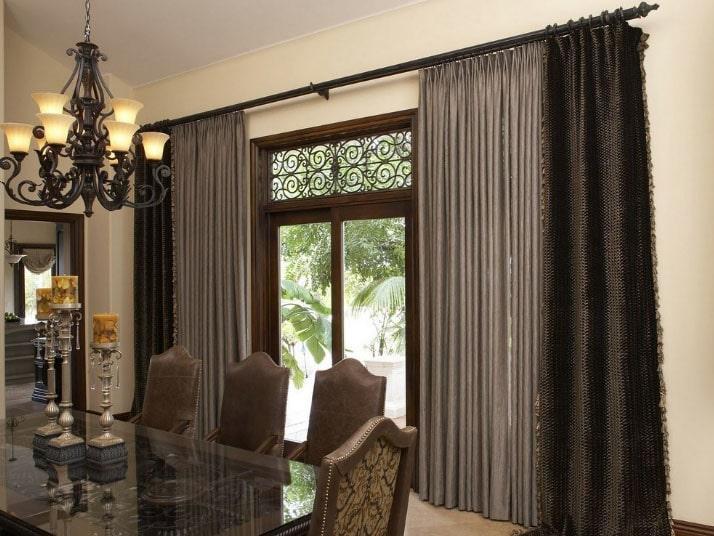 плотные шторы для зала