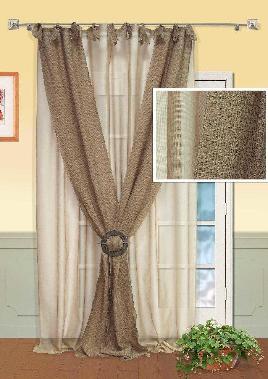 Сегодня наиболее практичными и востребованными считаются льняные шторы, с синтетическими добавлениями