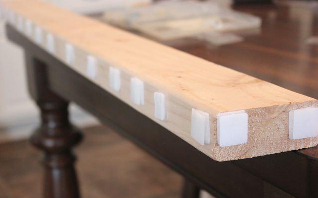 Как приклеить липучку велкро на брусок для штор