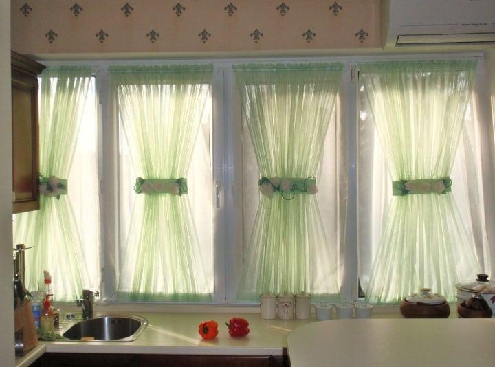 шторы на липучке для пластиковых окон