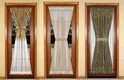 Шторки тканевые на дверь