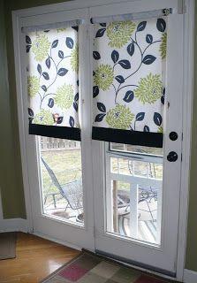 Как повесить рулонные шторы на дверь