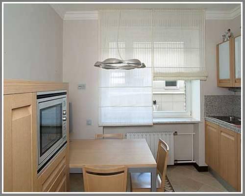 шторы для кухни модерн