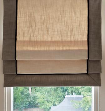 Римские шторы - это очень древний способ защиты помещения от солнца и пыли