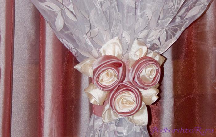 Розы на шторах