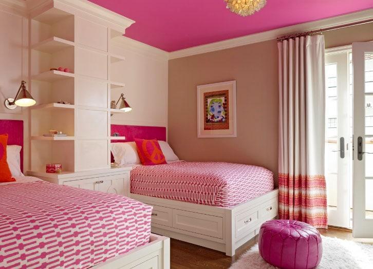 шторы в розовой комнате