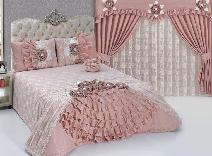 Буфы на шторах и на спальном белье