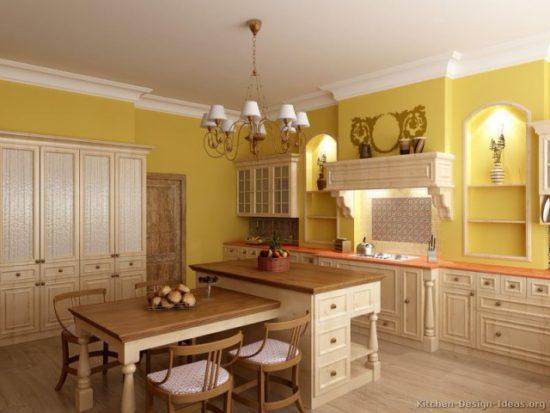 Желтые стены на кухне в классическом стиле