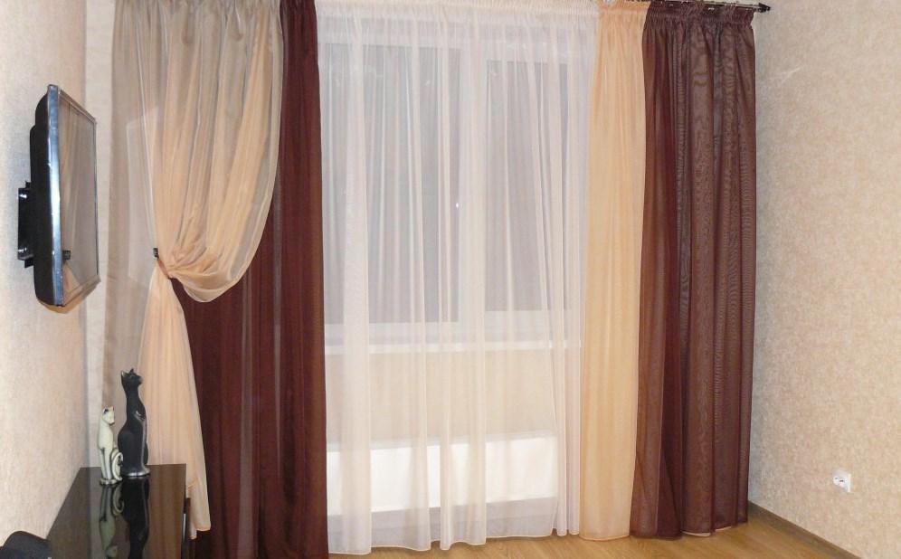 Бежево-коричневые шторы