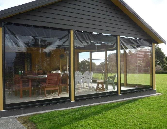 прозрачные шторы на даче