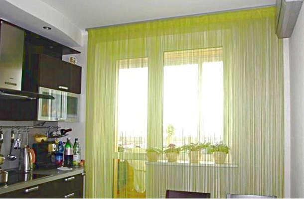 Салатовые шторы из нитей