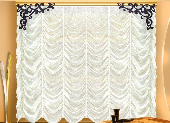 белые шторы маркиза