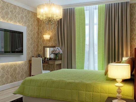 Зеленые шторы в спальню
