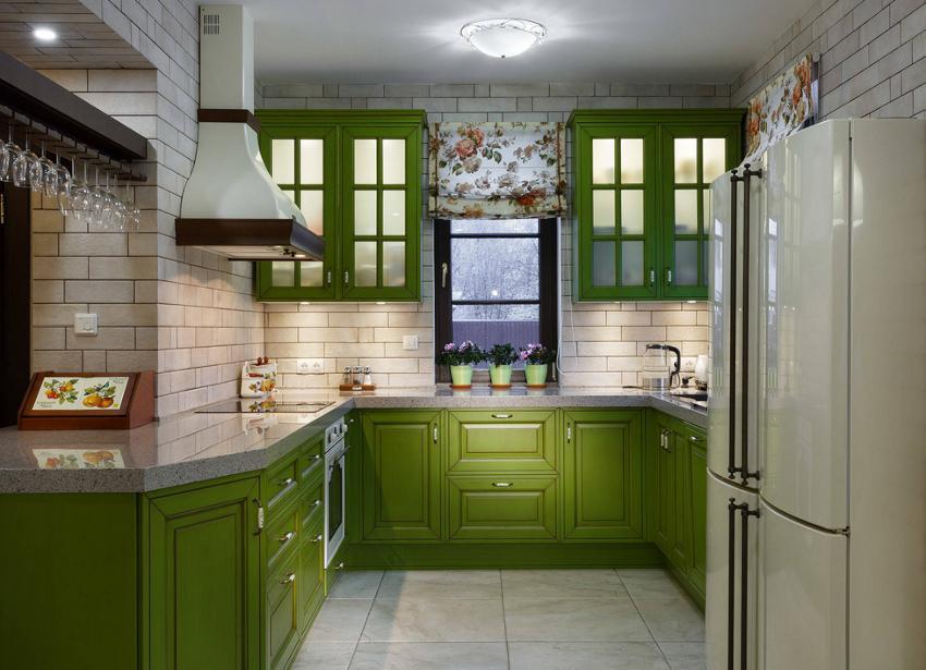 Остановить открывание римской шторы можно на любом уровне - это позволяет регулировать степень освещенности кухни