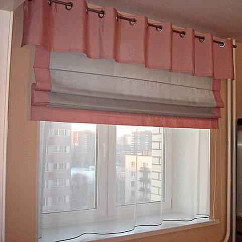 Дизайн римских штор в сочетании с тюлью