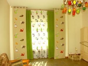 Шторы салатового цвета - спокойные оттенки для спальни