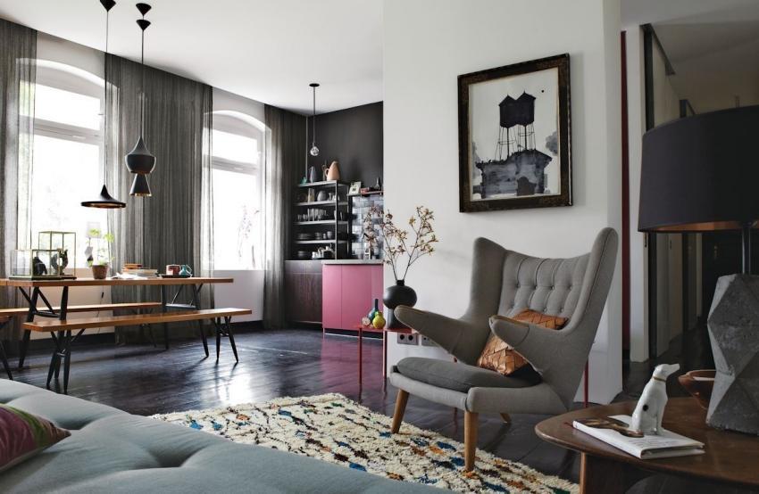 Сочетание серого с розовым можно использовать как для оформления гостиной, так и для спальни или кухни