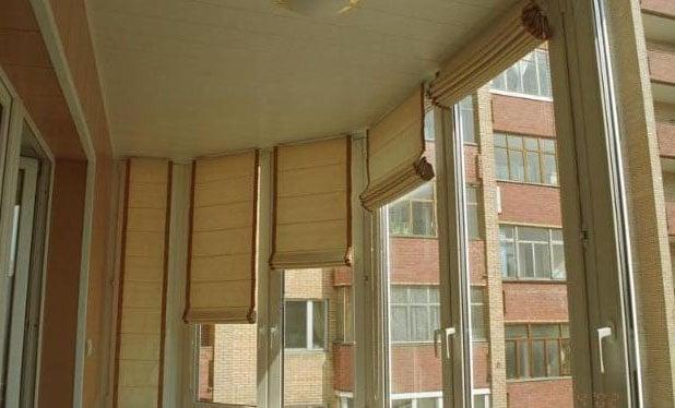 деревянные шторы на балконные окна