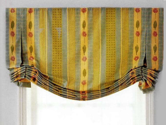 Один из вариантов английской шторы с вертикальными складками