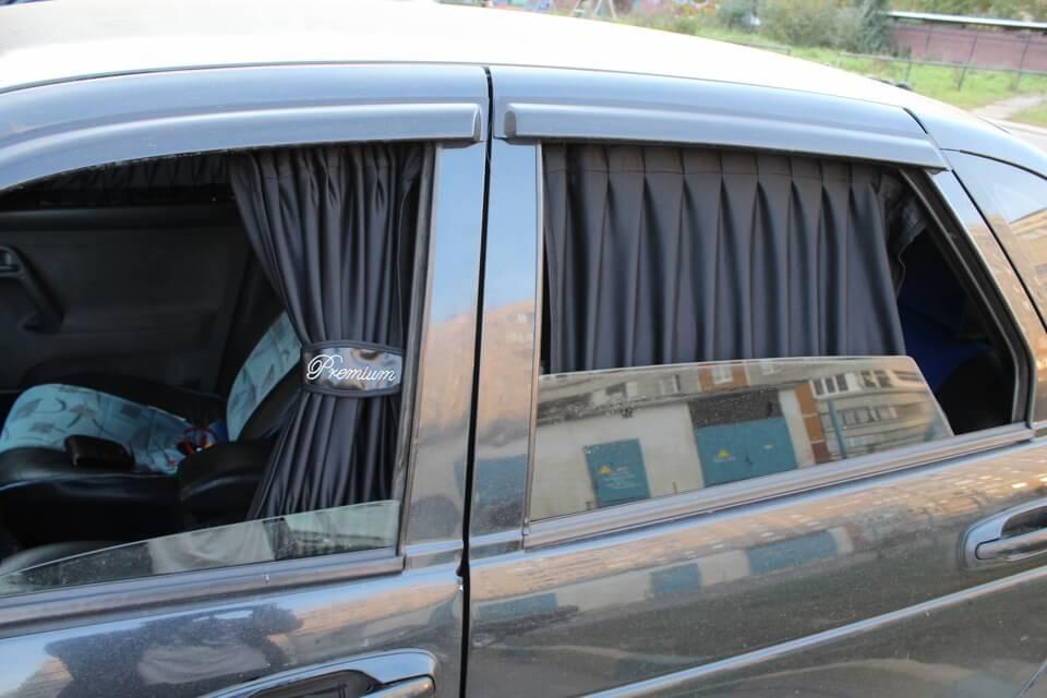 Размещение шторок в автомобиле