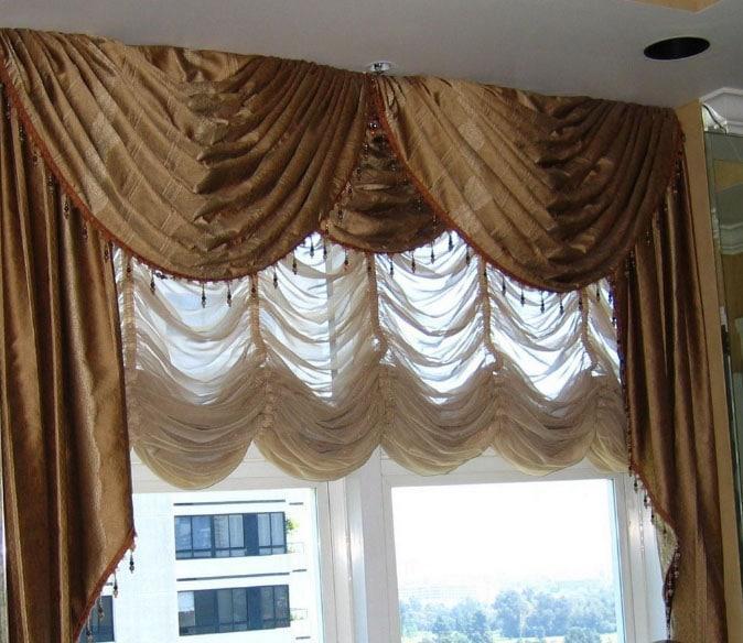 шторы с лабрекенами в зале