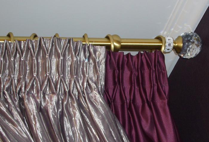 Необычные складки с помощью широкой тесьмы для штор