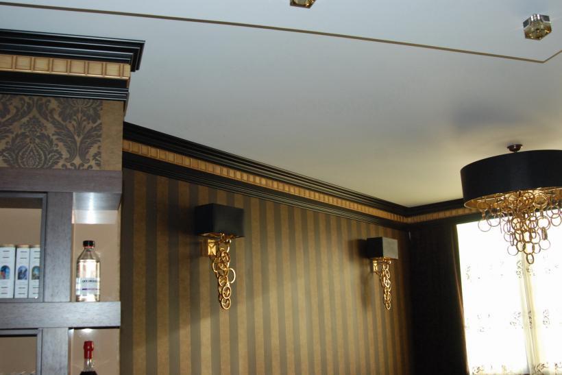 Угловые карнизы для штор в ванную фото