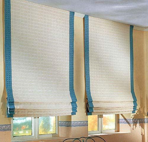 В некоторых случаях целесообразно закрепить римские шторы без карниза