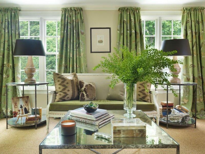 оливковые шторы в гостиной