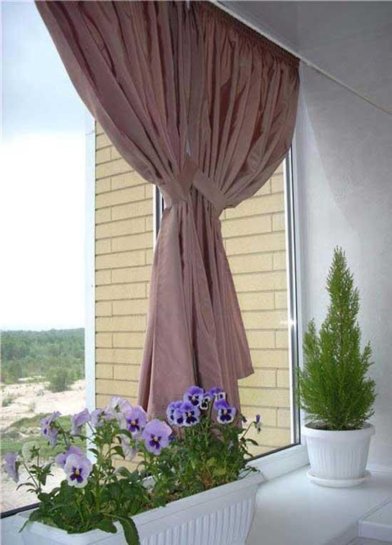 Красивые шторы на лоджию без створок