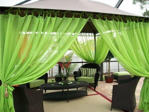 тканевые зелёные шторы