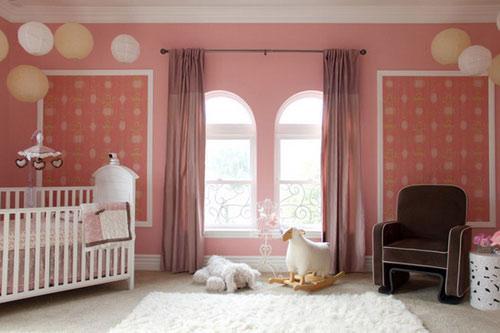 Цвет штор к розовым обоям