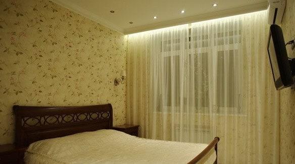 светодиодная подсветка штор в спальне
