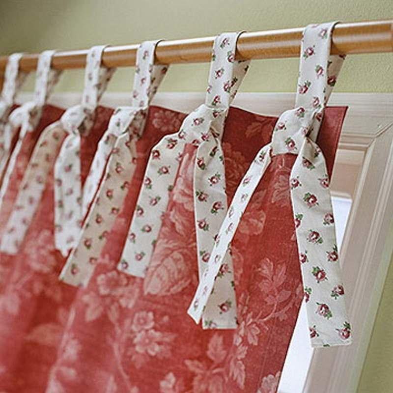 Данная модель штор подразумевает использование декоративных элементов