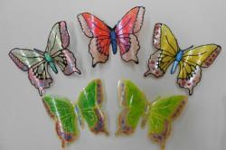 Варианты раскрашивания бабочек из пластиковых бутылок