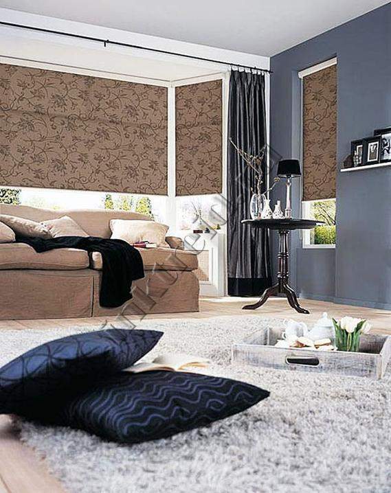 Рулонные шторы в сочетании со светлой мебелью