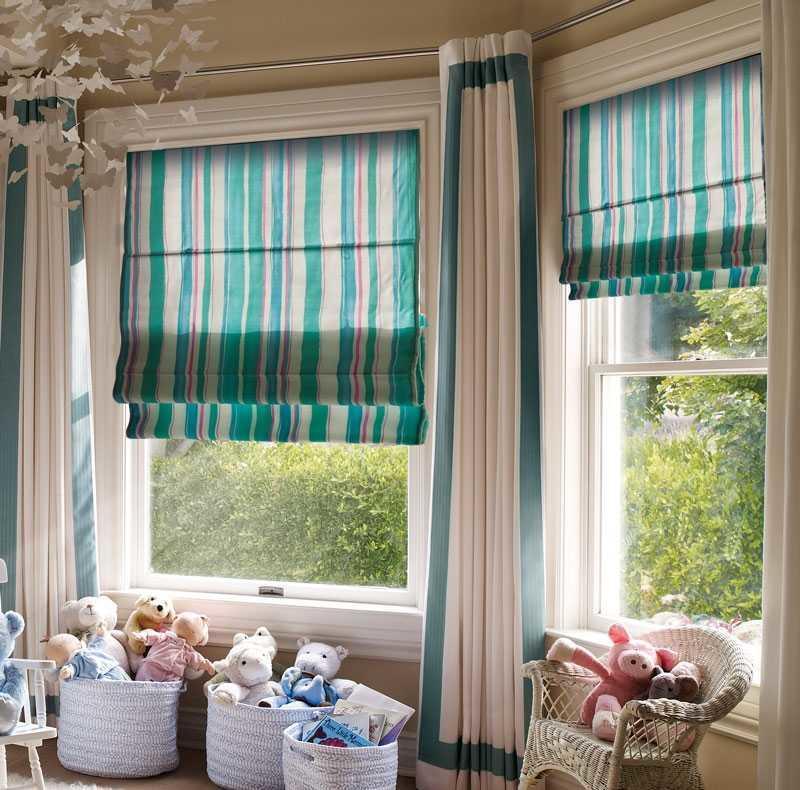Греческие шторы прекрасно подчеркнут общий интерьер комнаты в любом стиле