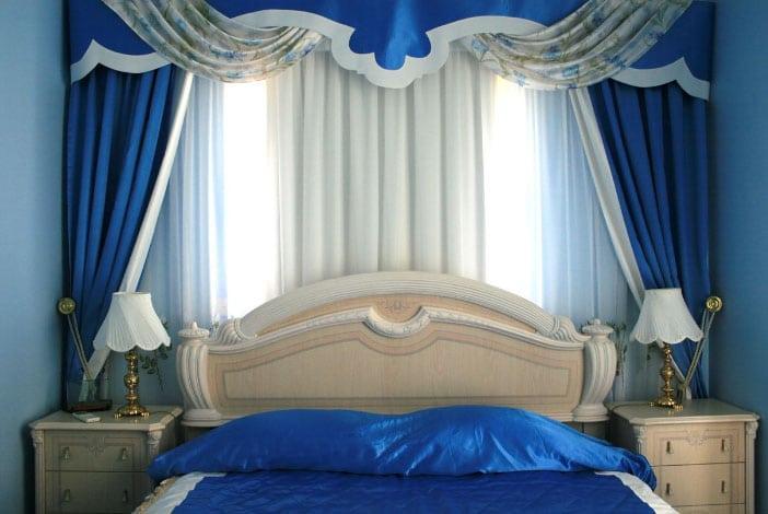 синие шторы Велес