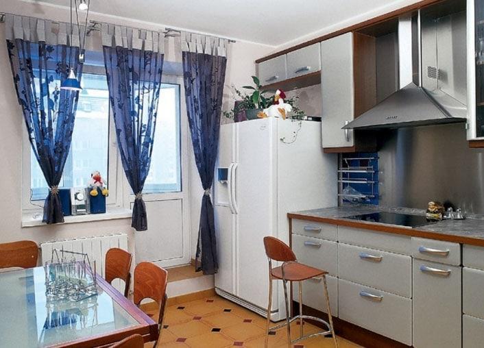 шторы Велес в интерьере кухни