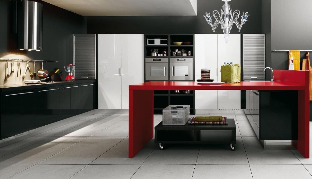 Мебель на черно-красной кухне