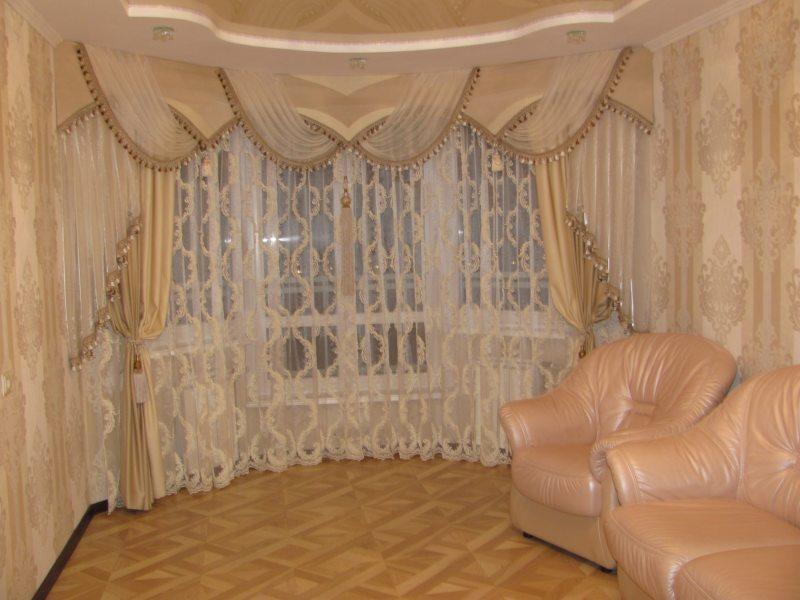 Pelmets in the living room (19)