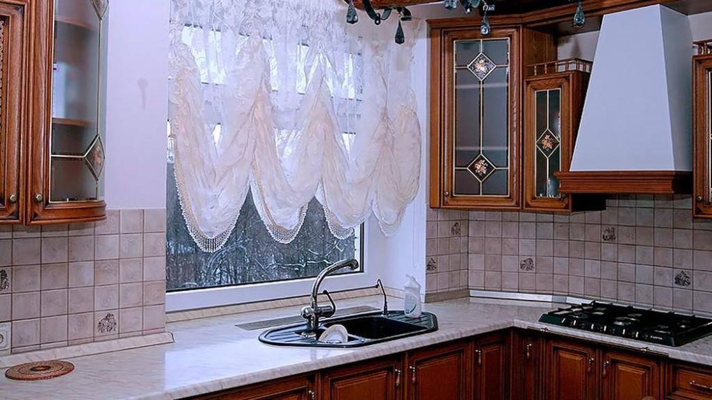 Французские шторы маркиза на кухне
