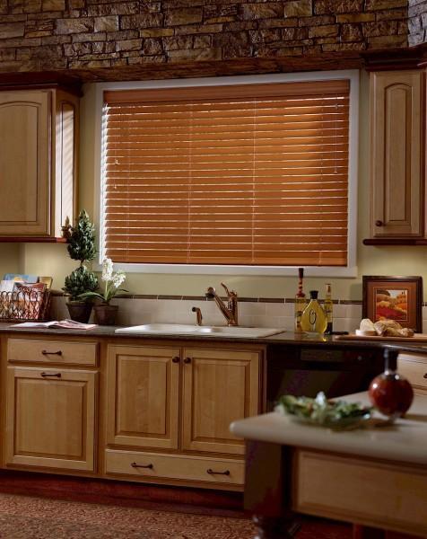 шторы и жалюзи для кухни