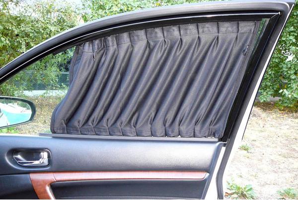 Раздвижные текстильные автомобильные шторки