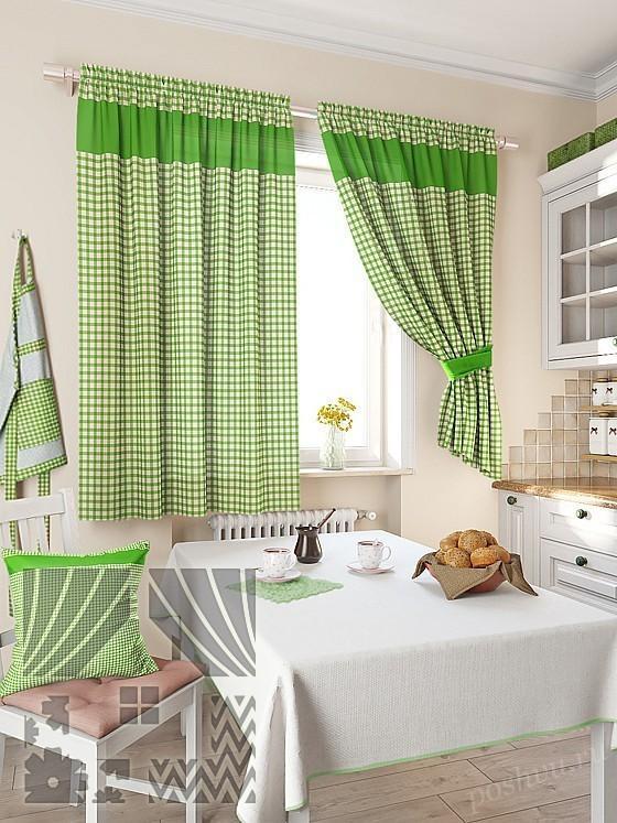 зеленые на кухне