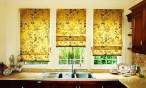 шторы-для-кухни-римские