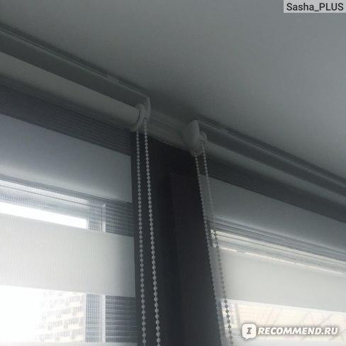 Здесь видно как они закреплены на потолке!