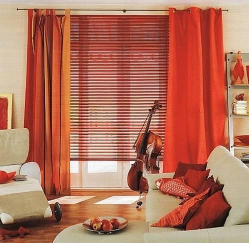 Жалюзи и шторы создают прекрасные композиции