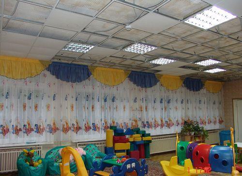 шторы в детском саду
